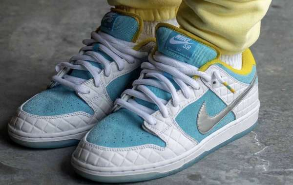 How about the Hot Sale FTC x Nike SB Dunk Low DH7687-400?