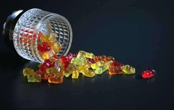David Suzuki CBD Gummies