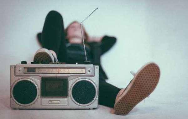 3 razones por las que debe escuchar la radio en línea